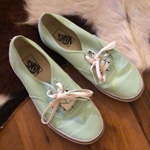 HARDLY WORN🤘🏼 mint green vans sneakers!
